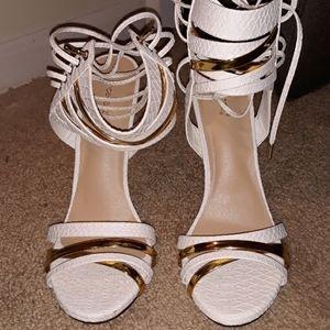 Shoe Dazzle size 11